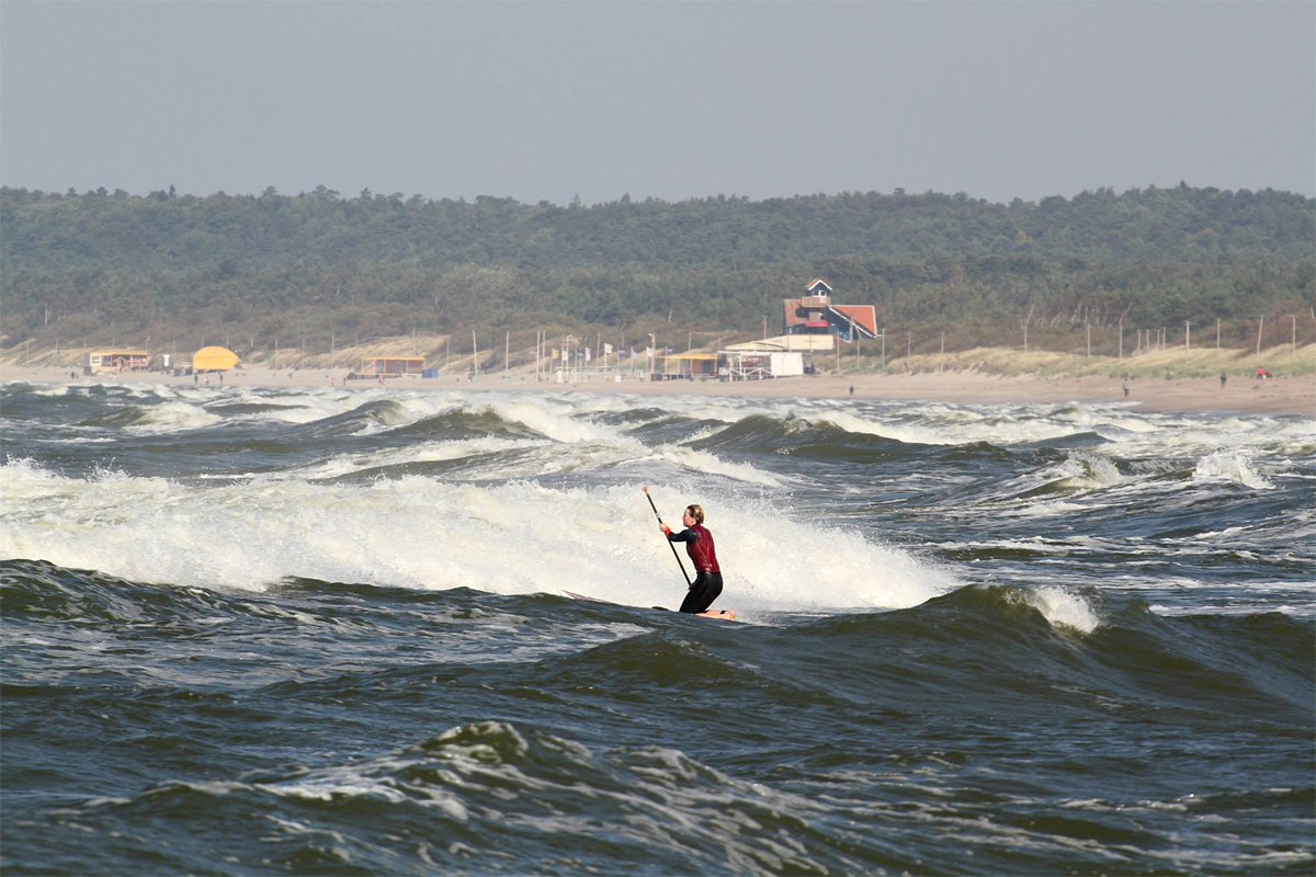 Horizonto, milžiniškų bangų ir saulės derinys užkelia euforiją į neįsivaizduojamas aukštumas :)