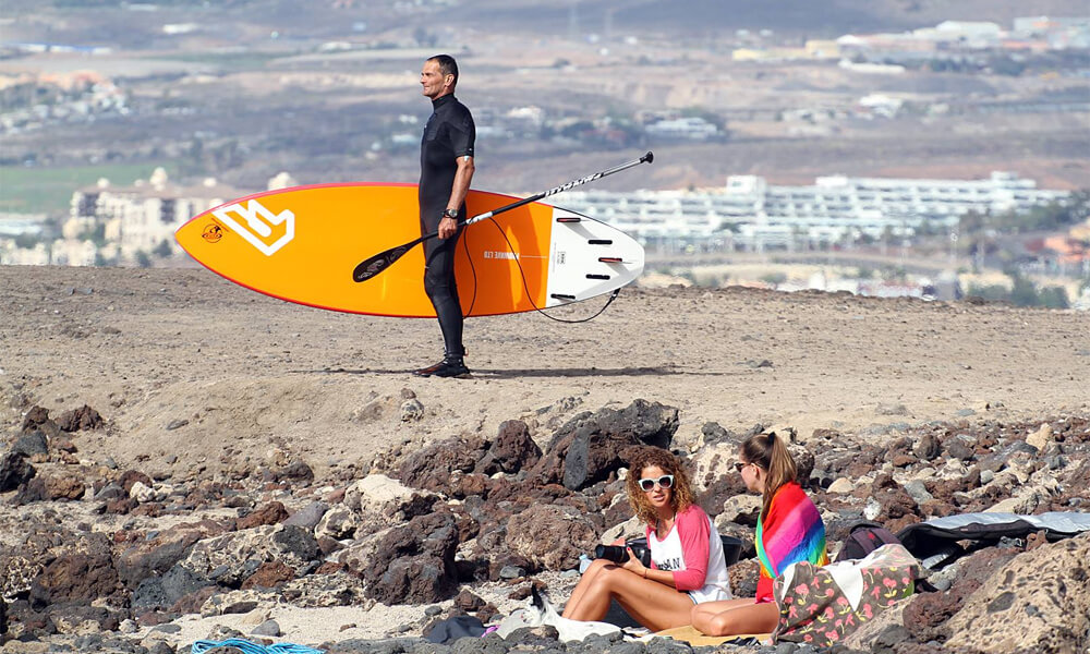 SUP surf campas Tenerifėje. Nes ten visada vasara ir bangos.